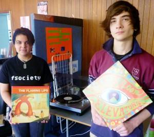 Vinyl music program