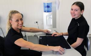 Emiley Mel manicure